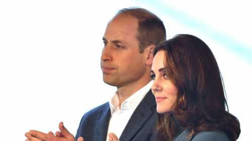 Двойняшки станут пятыми и шестыми в очереди на престол после сына королевы