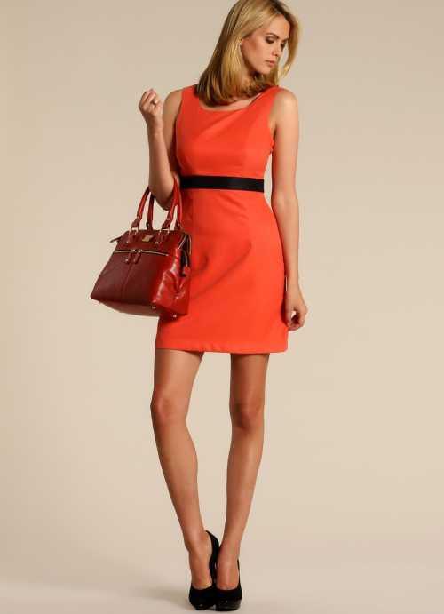С чем носить платье А