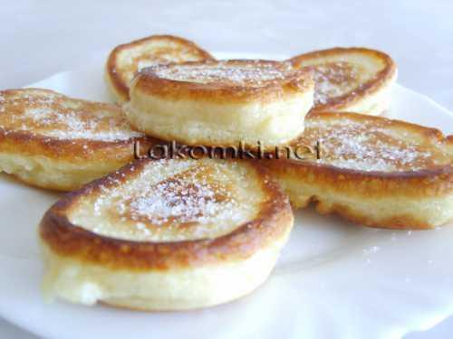 Поставьте тесто в тепло и дождитесь, пока оно не увеличится в объеме почти в раза